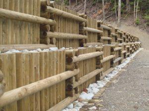 間伐材二重井桁枠工