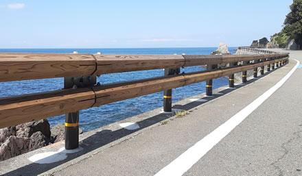 木製ガードレール 木景(こかげ)